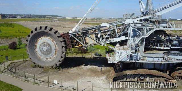 Syncrude Giants of Mining